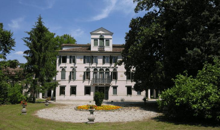 Villa Venier (Sommacampagna), nella zona dei vini Custoza ricca di storia, natura e tradizioni