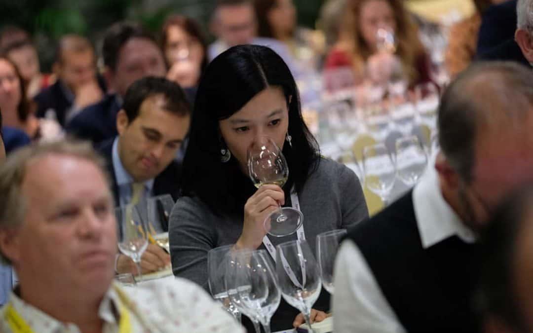 Vinitaly, il futuro è dei vini biologici, dei vini di qualità e degli spumanti