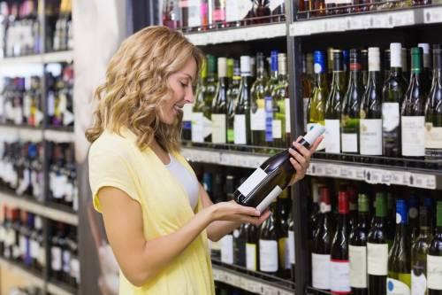 Vinitaly, salgono le vendite di vino Doc e con il marchio del supermercato