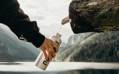 """Siamo attenti al vino di qualità. E la bottiglia di acqua """"minerale""""? A volte è del rubinetto"""