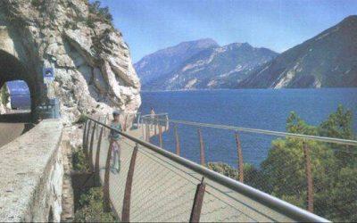 Enoturismo, l'inaugurazione della splendida pista ciclabile fra Limone e Riva del Garda