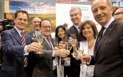 Vendite di vino negli Usa a +4,4%. Vinitaly protagonista con eventi business e formazione