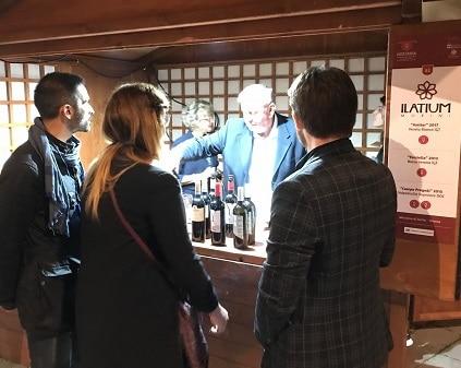 Hostaria Verona - festival del vino - lo stand della cantina Ilatium Morini - Verona Wine Love
