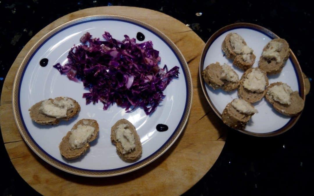 """Ricette facili e veloci: cavolo cappuccio con speck e crostini con formaggio """"de mastèa"""". E poi i vini veronesi"""