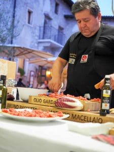 Olio extravergine di oliva del lago di Garda Dop in cucina - Verona Wine Love --