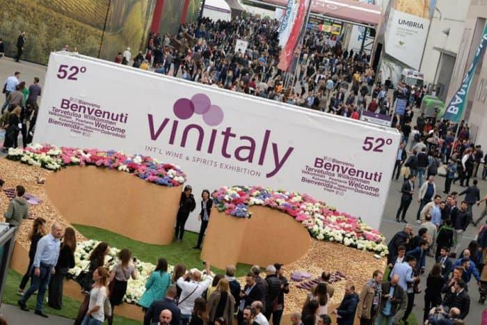 Vinitaly International, il vino italiano fra Wine2Wine, Cina, Russia e Canada