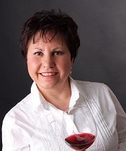 Mary Ferrarello - wine digital coach - sommelier