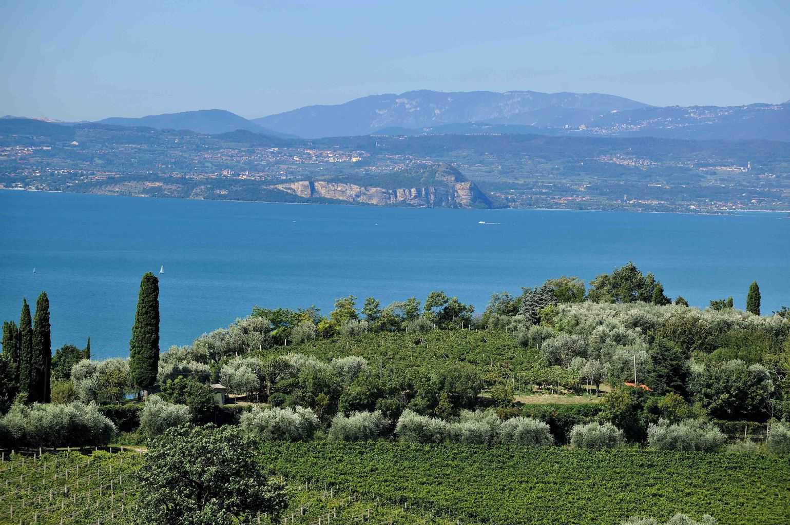 Lago di Garda, terra di Spumanti