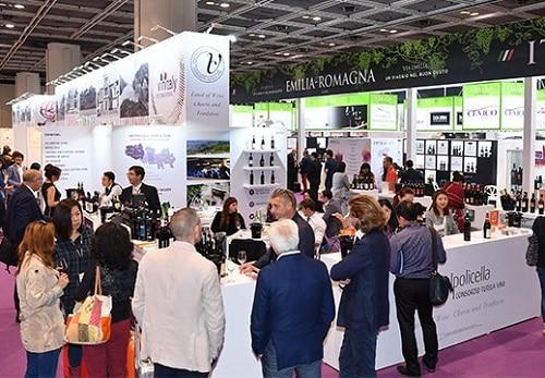 Vino italiano in Cina, le iniziative di Veronafiere per i vini Made in Italy e l'enoturismo