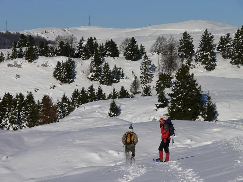 Lessinia: weekend sui Monti delle Prealpi Venete con neve in quota, luoghi naturali da visitare, Spumante Lessini Durello e vini Valpolicella