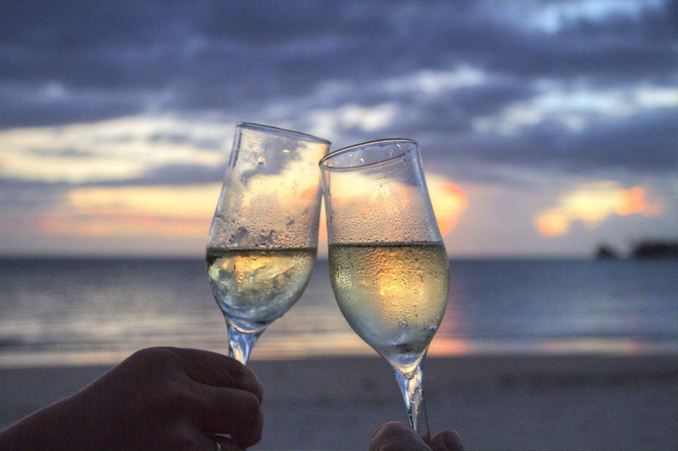Vinitaly, i vini più venduti in Italia. Tra gli emergenti spicca il Lugana del Lago di Garda. Bene i vini della Valpolicella