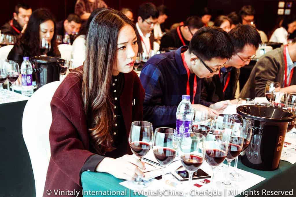 Vinitaly - Cina - vini italiani ---