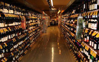 Vino e grande distribuzione: le strategie di vendita per promuovere al meglio i vini italiani nei supermercati. Importante la comunicazione con il cliente