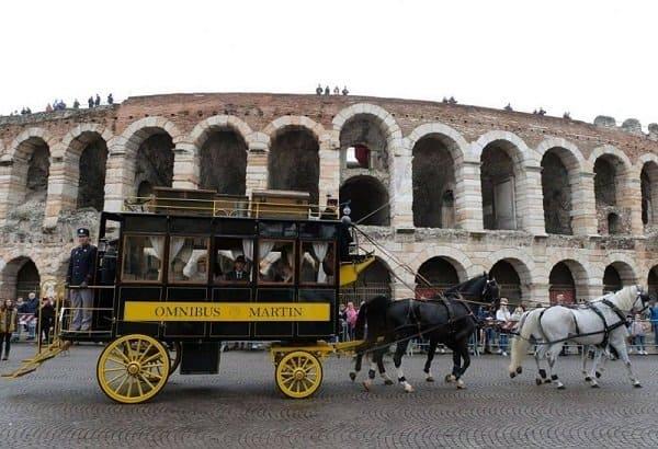 Fieracavalli a Verona fino a domenica 10 novembre 2019: turismo equestre e ippovie per una vacanza con andamento lento. Scopri come unire relax ed enoturismo