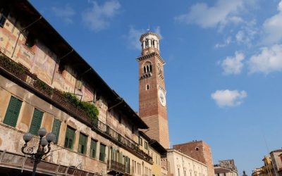 """Eventi Verona. """"Bollicine in Torre"""": appuntamento con gli spumanti da venerdì 10 a domenica 12 maggio nel centro storico della città dell'Amore"""