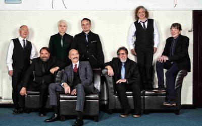 """King Crimson all'Arena di Verona l'8 luglio. Concerto della grande band del rock progressive. Le somiglianze tra """"Epitaph"""" (1969) e l'italiana """"Applausi"""" (1968)"""