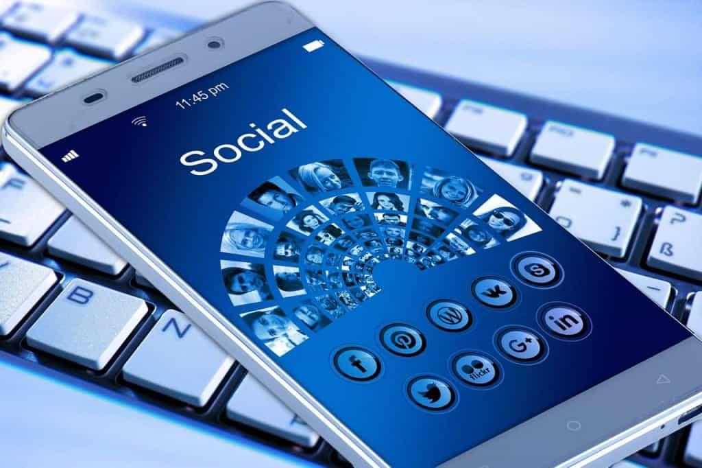 Web Marketing Daily Communication