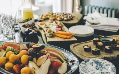 Enoturismo: vino e cibo locali attraggono il 75% dei visitatori. Per intercettarli, ristoranti, hotel e cantine sono chiamati a comunicare in modo professionale