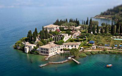 Mete lago di Garda: giro a piedi (o in bicicletta) a Garda, da Punta San Vigilio alla collina. Natura, cultura e i vini del lago: dal Garda Doc al Lugana al Chiaretto