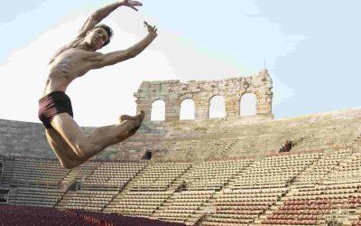 Roberto Bolle and Friends. All'Arena di Verona la danza internazionale il 16 e 17 luglio 2019. Guarda programma, informazioni utili e video della prima serata