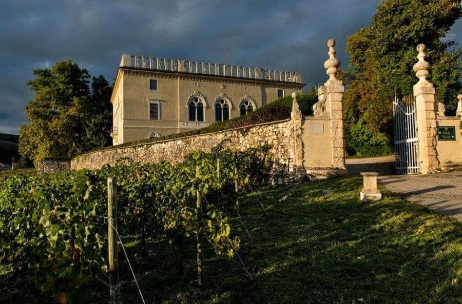 Itinerario enogastronomico tra Valpolicella e Lessinia. Percorsi naturali, dimore storiche e possibilità di degustare i prodotti del territorio