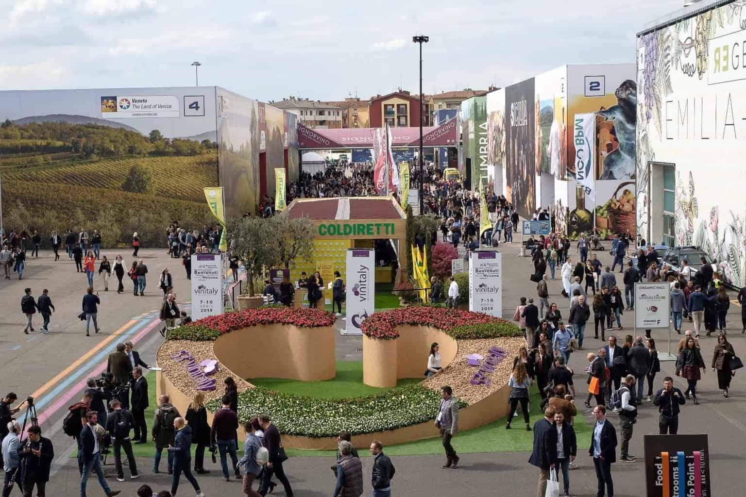 Dazi sui vini italiani: Mantovani di Veronafiere e Bussinello del Consorzio Valpolicella preoccupati per la decisione USA