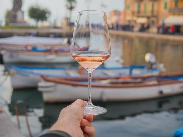 Vino Chiaretto Lago di Garda