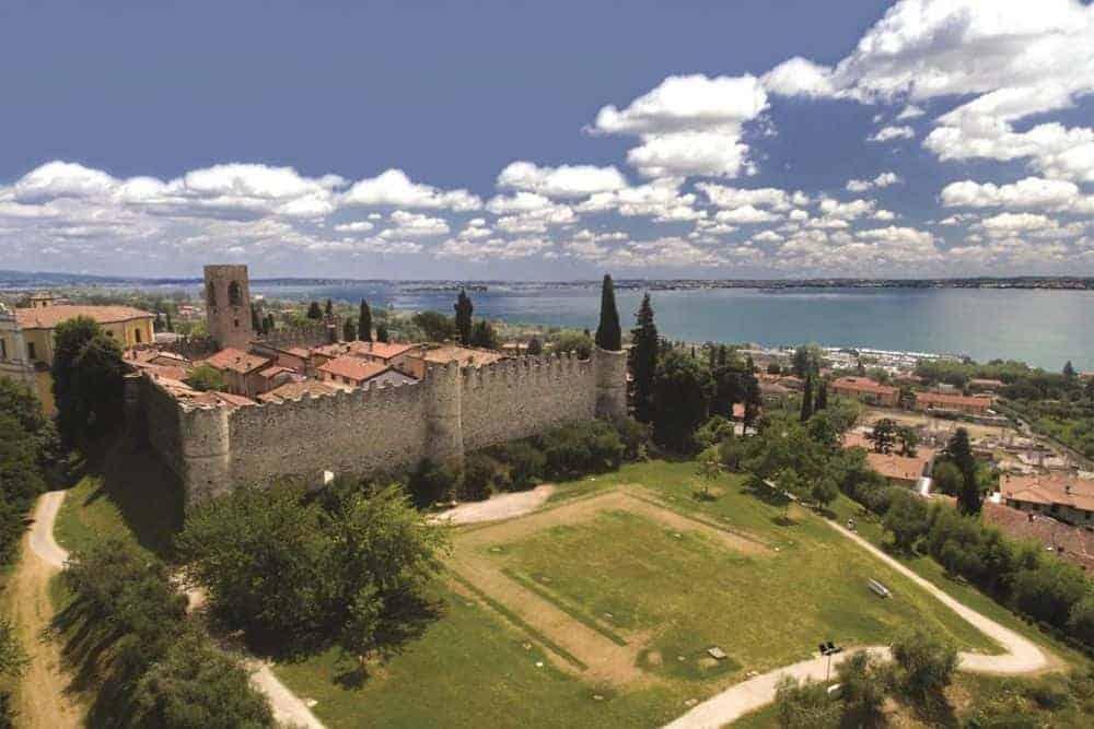 Castello di Moniga sul Lago di Garda
