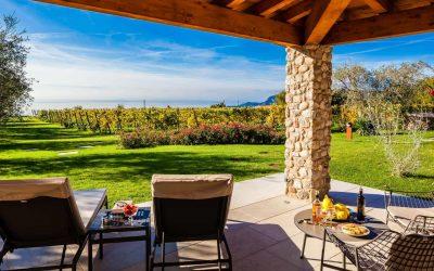 L'enoturismo è pronto per la ripartenza: gli spazi aperti sono la soluzione per accogliere i turisti del vino e della buona tavola